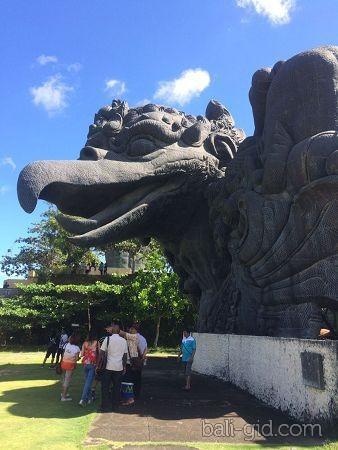 Парк Гаруда Вишну Кeнчана (GWK)