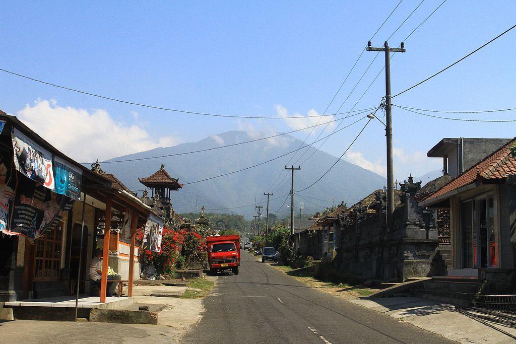 Гора Батукару на Бали