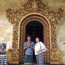 Мы с Винду в храме