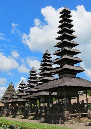 Пура Таман Аюн (Pura Taman Ayun, или Taman Ayun Temple)