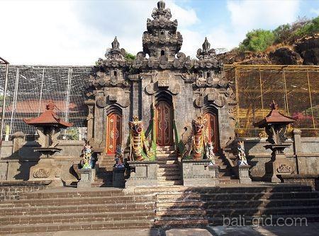 Храм Пура Пулаки (Pulaki Temple, Pura Pulaki, Pura Agung Pulaki)