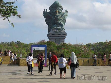 Парк Гаруда Вишну Кенчана - фото и описание парка